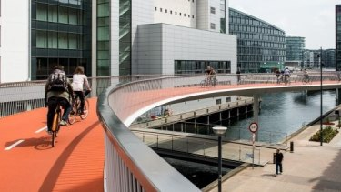 Copenhagen, well known as a cycle-friendly city, has recently opened elevated bike lanes.
