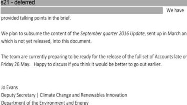 An extract from a departmental document obtained through an FOI request, regarding the release date of government pollution data.