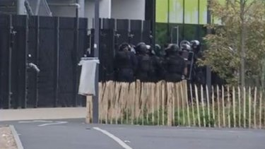 French special forces evacuated up to 18 people from the Qwartz shopping mall at Villeneuve-la-Garenne.