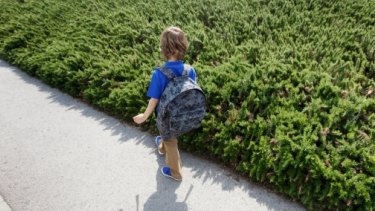 A United States case has triggered fierce debate about when it is safe to let a child walk without adult supervision.