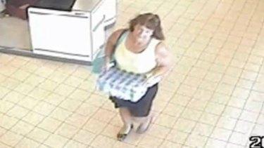 CCTV footage of Karen Chetcuti leaving ALDI in Wangaratta on Tuesday, January 12, 2016.