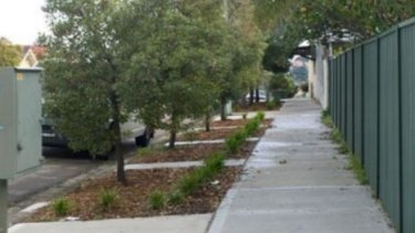 Brisbane residents can now plant gardens to line the footpaths outside their homes under new city guidelines.