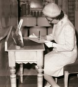 The Queen at the Electrolux factory in Orange during her visit to Australia in 1970.