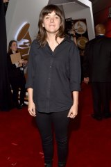 Singer Courtney Barnett was applauded for wearing skinny jeans and ankle boots for her first Grammy Awards show this year.