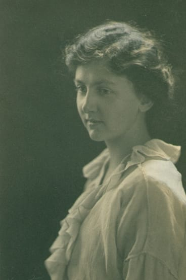 Emily Hale in 1914, the year T.S.Eliot left the US for a scholarship at Oxford.