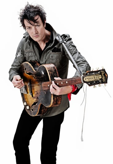 Chris Cheney stars in the Easyfever tribute concert.
