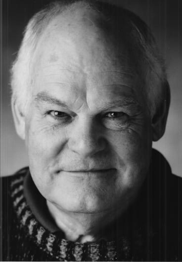 Malcolm Robertson made an outstanding contribution to the development and production of local theatre and Australian playwrighting.