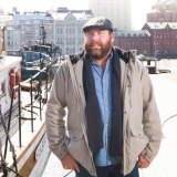 Shane Jacobson, Who Do You Think You Are?: improves his Finnish.