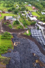 Lava flows around the town of Pahoa.