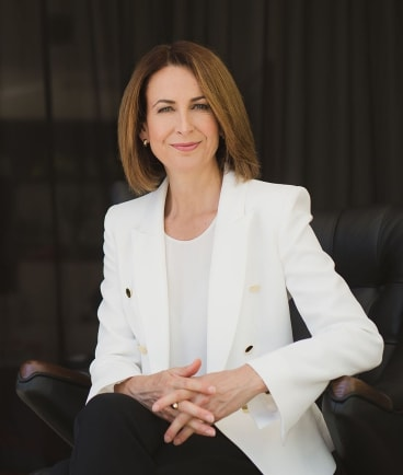ABC TV News presenter Virginia Haussegger will step down to head up a new foundation to improve the representation of women in the public service and in government.
