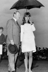 English model Jean Shrimpton at Flemington races on Oaks  Day,  November 4, 1965.