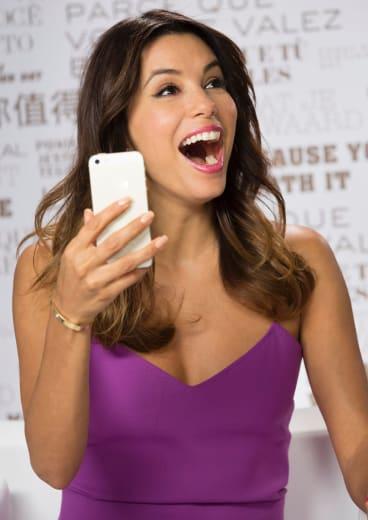 Eva Longoria roadtesting the new L'Oreal MakeUp Genius app, the company's latest innovation.