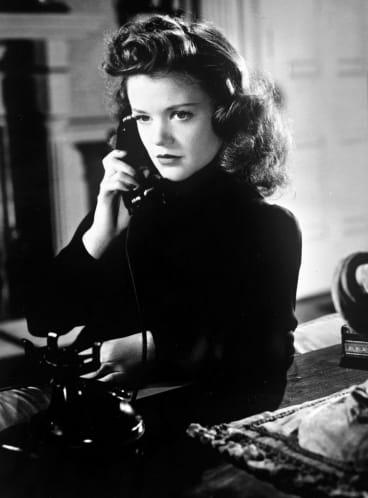 Simone Simon in Cat People (1942)