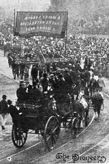 "The ""pioneers"" of the eight-hour movement marching in the Eight Hours Procession on May 1, 1895."