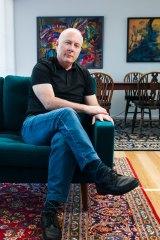 Panorama profile, Poet Paul Hetherington. Photo Elesa Kurtz