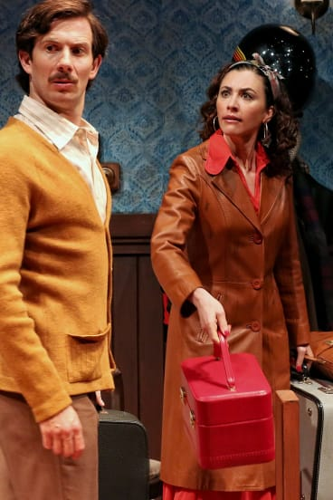 Simon London as Mark and Christa Nicole as Elizabeth.