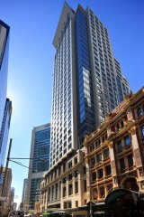 400 George Street Sydney, where Telstra has taken the corner square with new foyer cafe