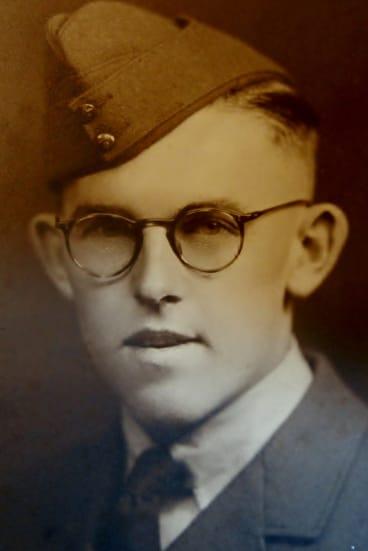 Doug Bain enlisted in the RAAF as soon as he turned 18.