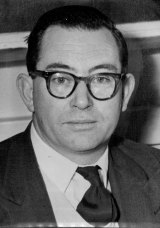 Dr Peter Thonemann,  Deputy Chief Scientist, General Physics Division, Atomic Energy research Establishment, Harwell, 1958.