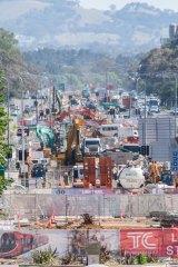 Peak' light rail works on Northbourne Ave throw Canberra traffic