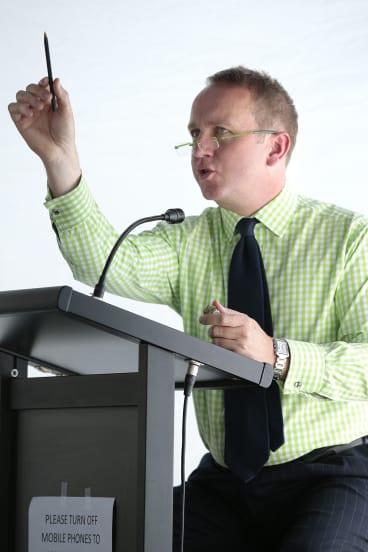 Auctioneer John Albrecht in action.