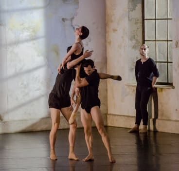 """Todd Sutherland, Sam Young-Wright and Jesse Scales in Rafael Bonachela's """"Frame of Mind""""."""