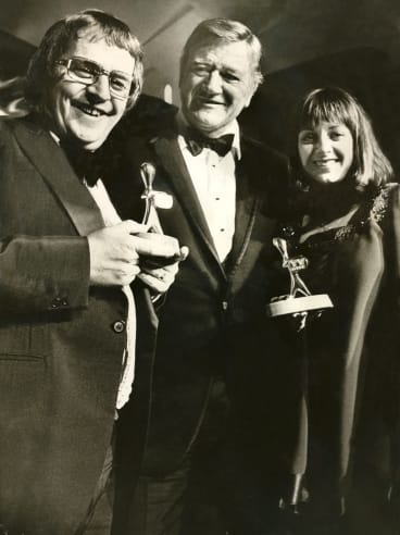 Gold Logie winners, Denise Drysdale and Ernie Sigley with John Wayne on March 8, 1975.