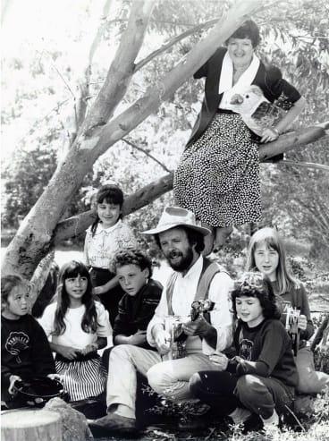 Joan Kirner was at Yarraleen Primary School in Bullen with Bush singer David Isam to launch 1990 schools touring Arts program.