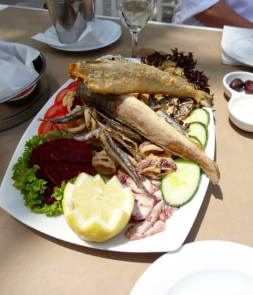 Typical seafood fare.