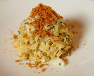 Linguini al granchio e bottarga at Sosta Cucina.