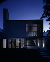 Upside Down House designed by  Kerstin Thompson Architects (KTA).