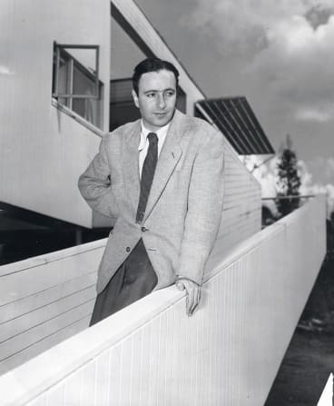 Harry Seidler at Rose Seidler House in 1952, when he won the Sulman Prize.