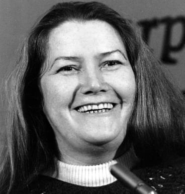In New York at the height of her Thornbirds fame in 1977.