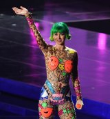 Katy Perry wearing a Discount Universe design on her Prismatic World Tour in 2015.