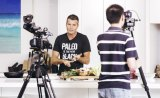 """Pete Evans cooks cauliflower fried """"rice"""" at home."""