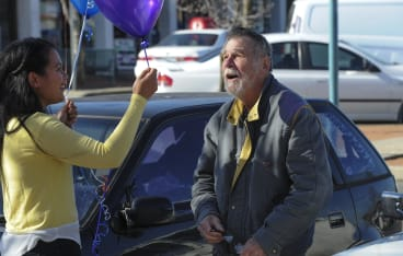 """Ronald """"Tex'' Davis of Charnwood was delighted to receive a balloon from Elizabeth Kikkert."""