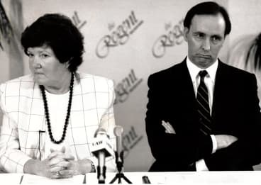 Joan Kirner with Paul Keating, who was federal treasurer at the time.