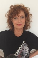 Susan Sarandon, executive producer of the documentary Deep Run, in the fundraising T-shirt she created.