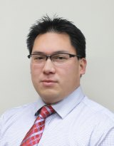 Jeff Poe is the founder of Platinum Professional Training and organises work experience for interns prepared to pay.