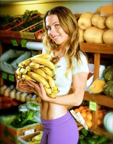 Passionate vegan Freelee the Banana Girl has made a career out of starting beef.
