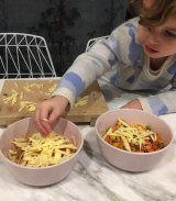 Judd roped in her two-year-old daughter Billie to boast about her latest, discount purchase.