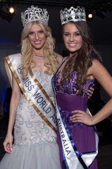 Miss World Australlia 2014 Courtney Thorpe (right), with 2013 winner Erin Holland.