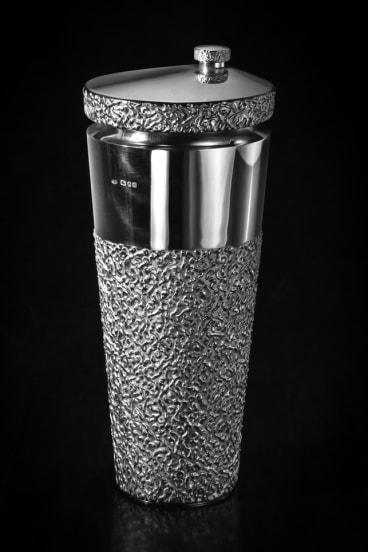 Elizabeth Taylor commissioned Stuart Devlin to design this cocktail shaker for Richard Burton in 1967.