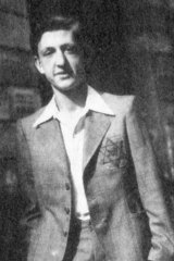 Jacques Adler in July 1942, soon after the introduction of the compulsory wearing of the ''Yellow Star''.