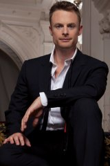 Christopher Wheeldon says the movement for DGV ''came from the basic idea of travel''.