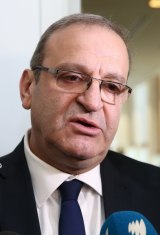 "The head of the Palestinian delegation in Australia, Izzat Abdulhadi, described Mr Abbott's comments as ""unfounded, unhelpful""."