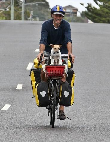 Patrick Jones and dog Zero are on a 6000-kilometre family bicycle trip around Australia.