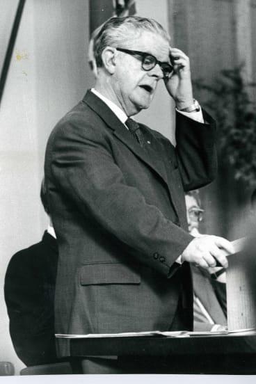 Academic and former department secretary Sir John Crawford in 1971.