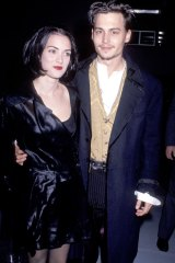 1990: Winona and Johnny Depp after their engagement.