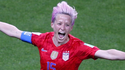 Controversial Rapinoe penalty gives US a World Cup win over Spain